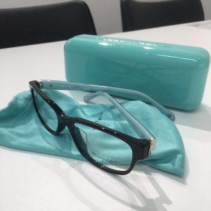 ティファニーのメガネ 黒/ブルー TF2126D