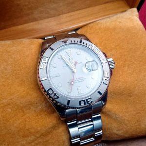 ペアでつけられる腕時計♪ロレックス ヨットマスター 16622